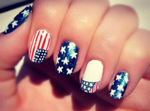 готовий прапор на нігтях фото