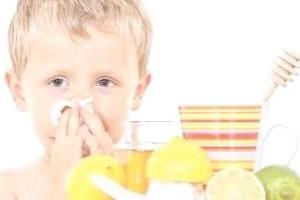 Чим лікувати зелені соплі у дитини?