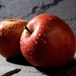 Чим корисні яблука