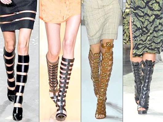 Гладіатори до ніг жінки: як носити легендарну взуття?