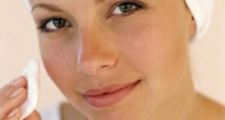 Маски для комбінованої шкіри обличчя