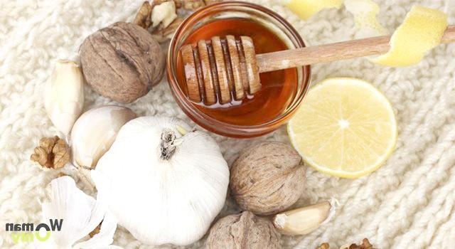Еліксир молодості: мед, лимон, часник