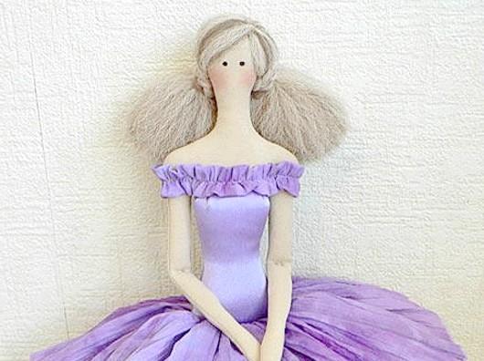 Як прівітаті ляльок зі святом?