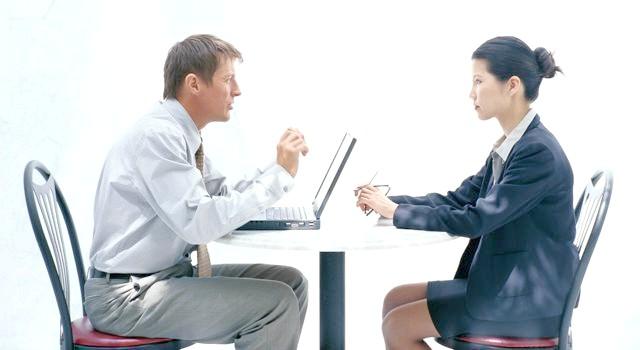 Про що не варто говорити на співбесіді