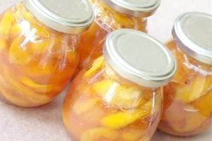 Персикове варення часточками