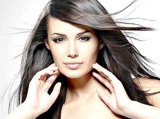 Допомагаємо своїм волоссям не впасти в осінню нудьгу