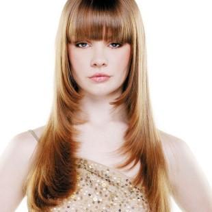Стрижка каскад на довге волосся