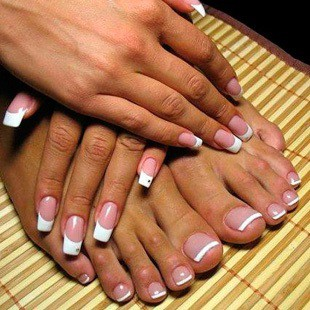 Технологія нарощування нігтів гелем