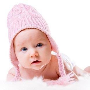 Догляд за новонародженою дівчинкою