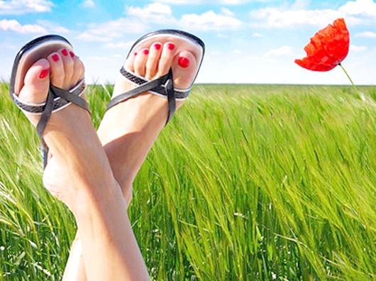 Вибираємо взуття на плоскій підошві